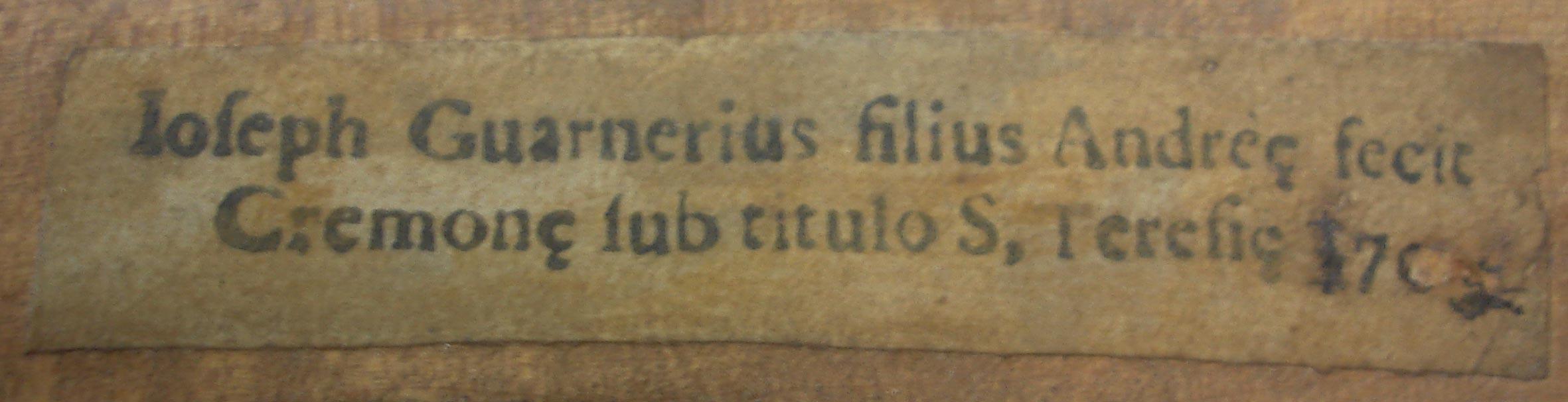 Étiquette de Joseph Guarnerius filius Andrea fecit Cremonae Sub titulo S. Teresia 170…