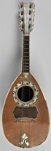"""Mandoline portant étiquette """"Antonius VINACCIA"""""""