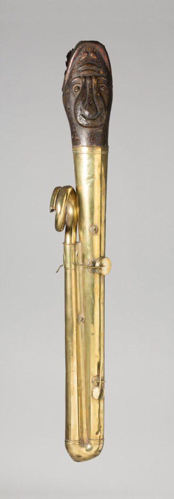 Ophicléïde à tête de dragon polychrome de TABARD — Collection Samoyault