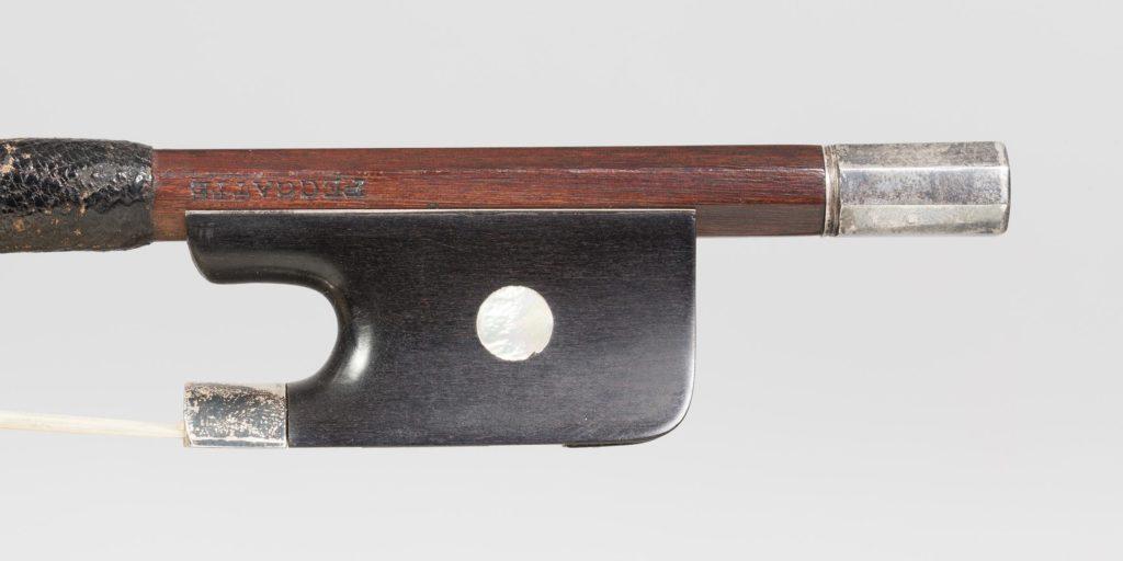 Archet de violoncelle de Charles PECCATTE