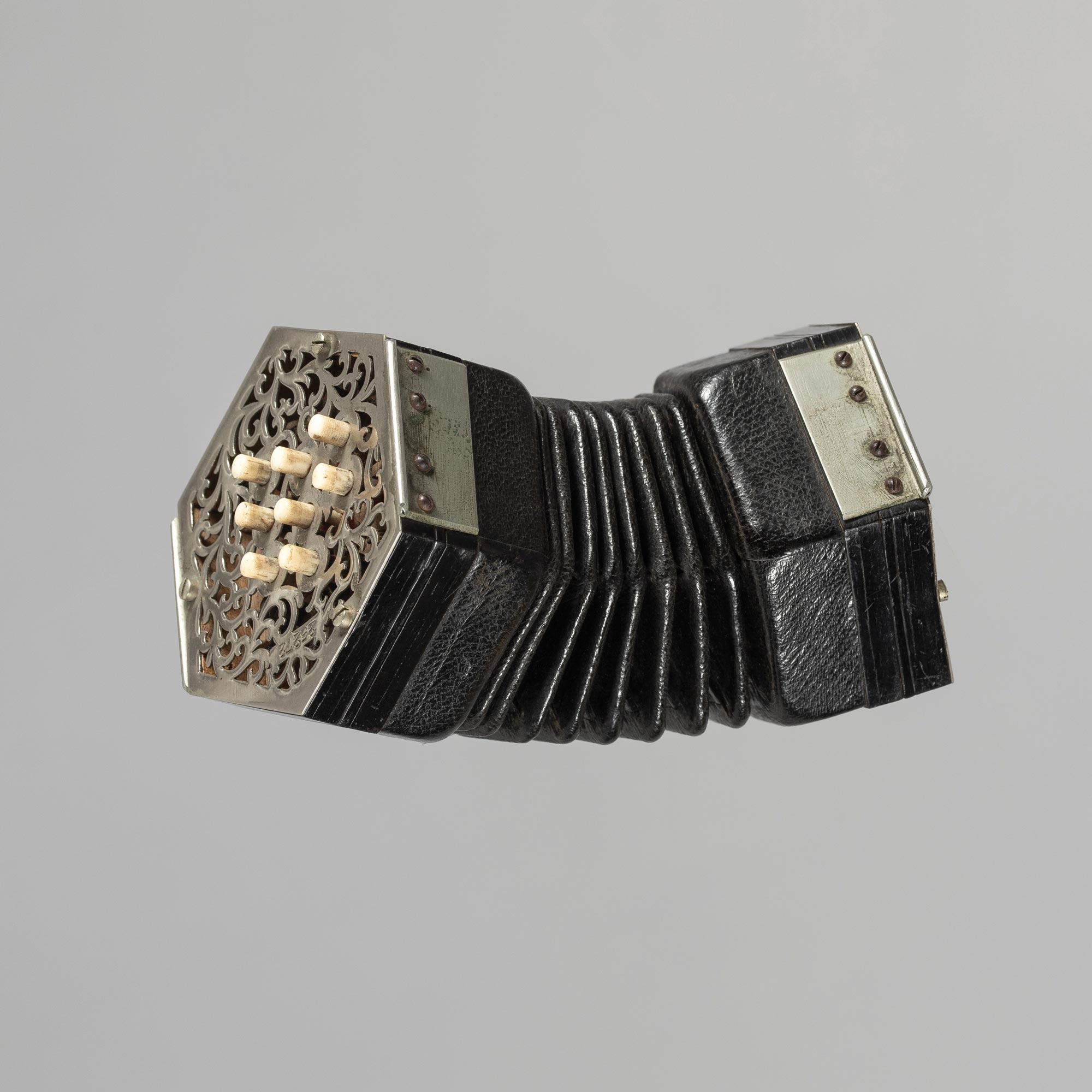 English concertina miniature de WHEATSTONE