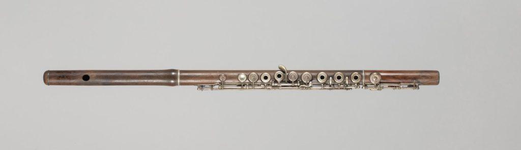 Flûte cylindrique estampillée de Louis LOT
