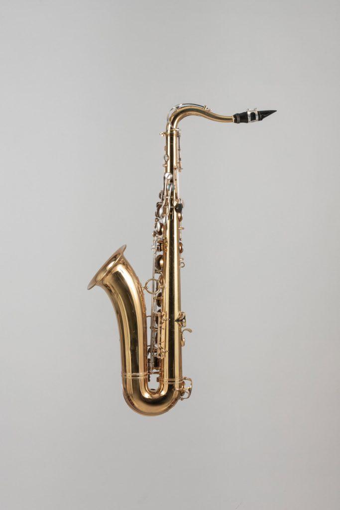 Saxophone ténor bicolore de SELMER