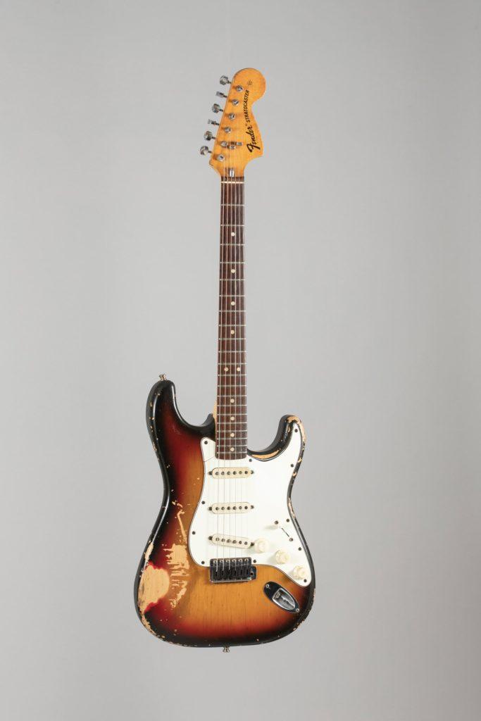 Guitare électrique Solid body de FENDER