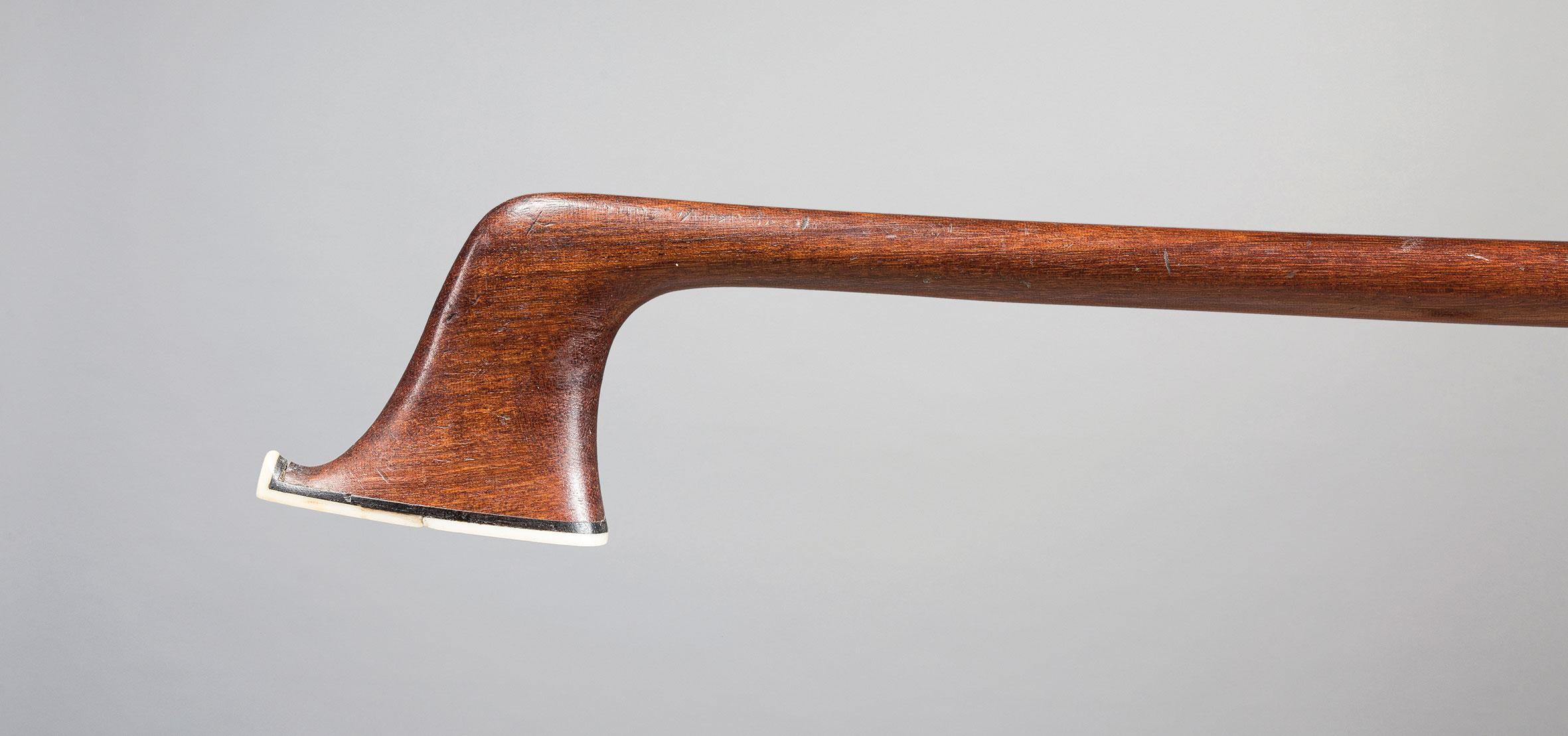 Archet de violoncelle de François Xavier TOURTE