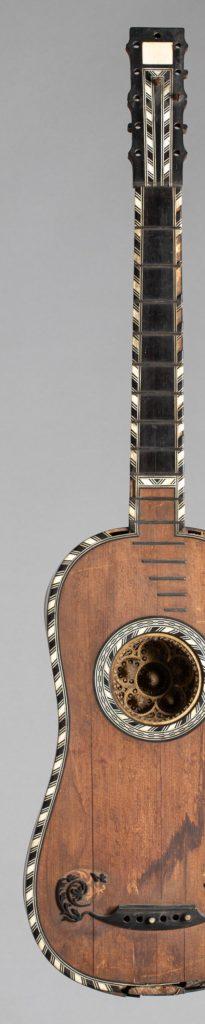 guitare baroque d'Alexandre VOBOAM
