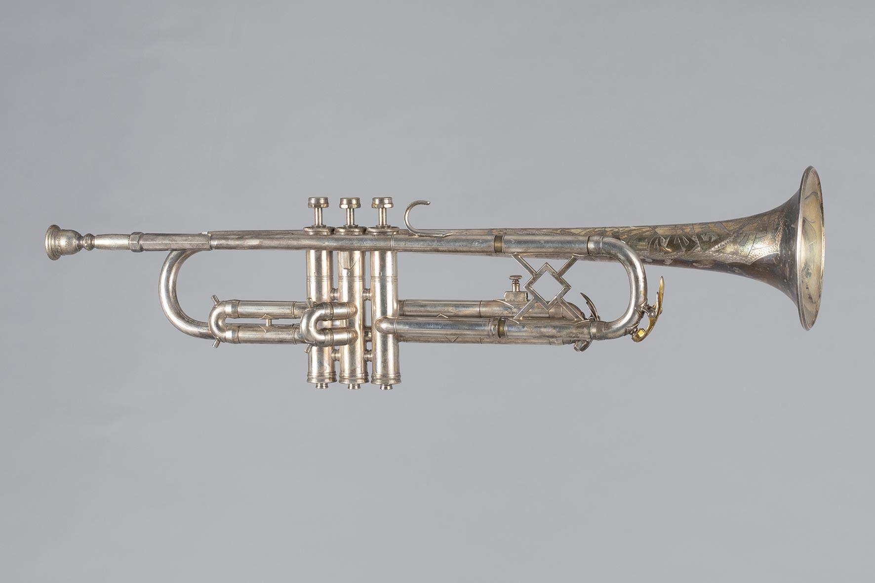 Trompette estampillée KING Silver Tone