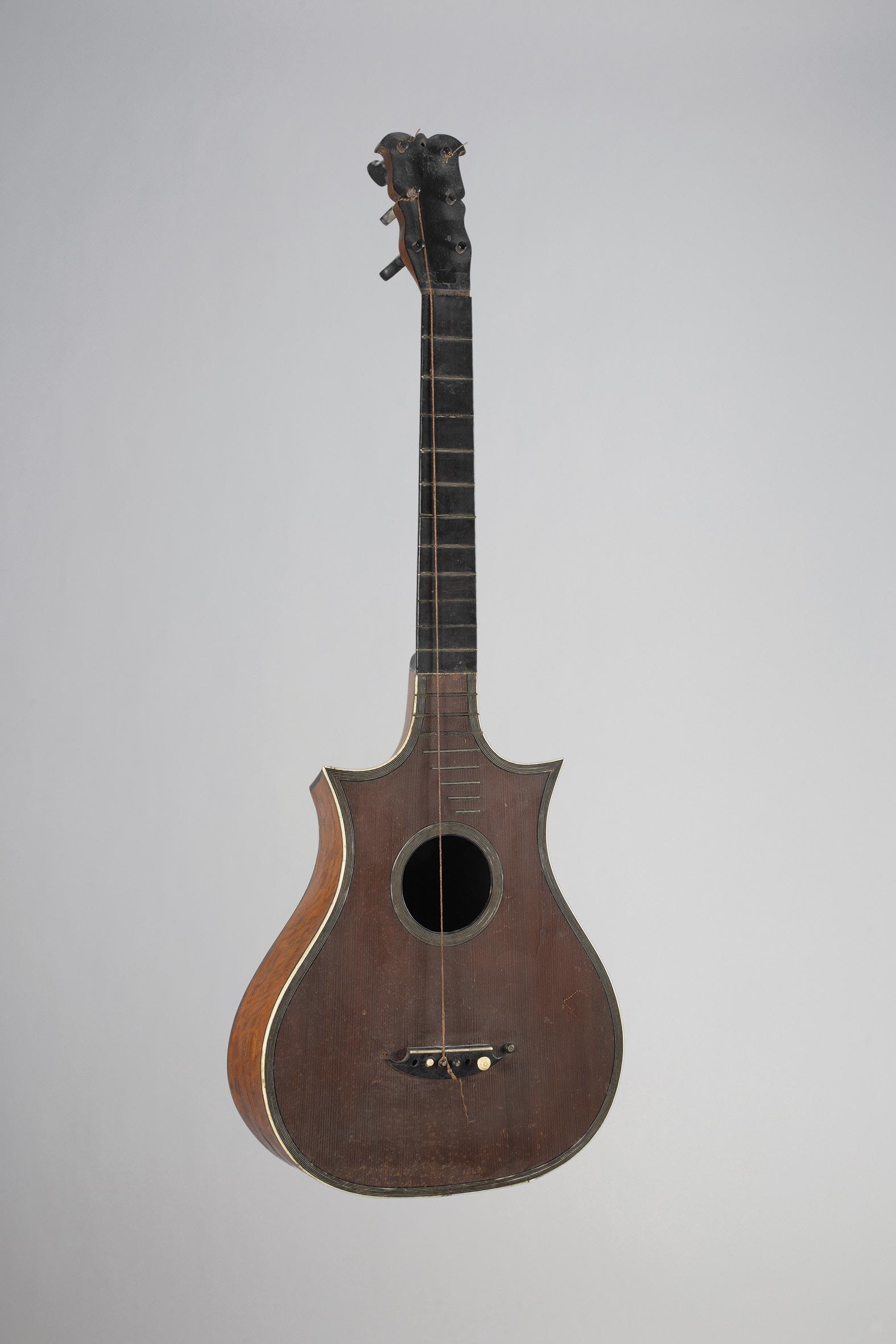 Guitare romantique de Nicolas VISSENAIRE