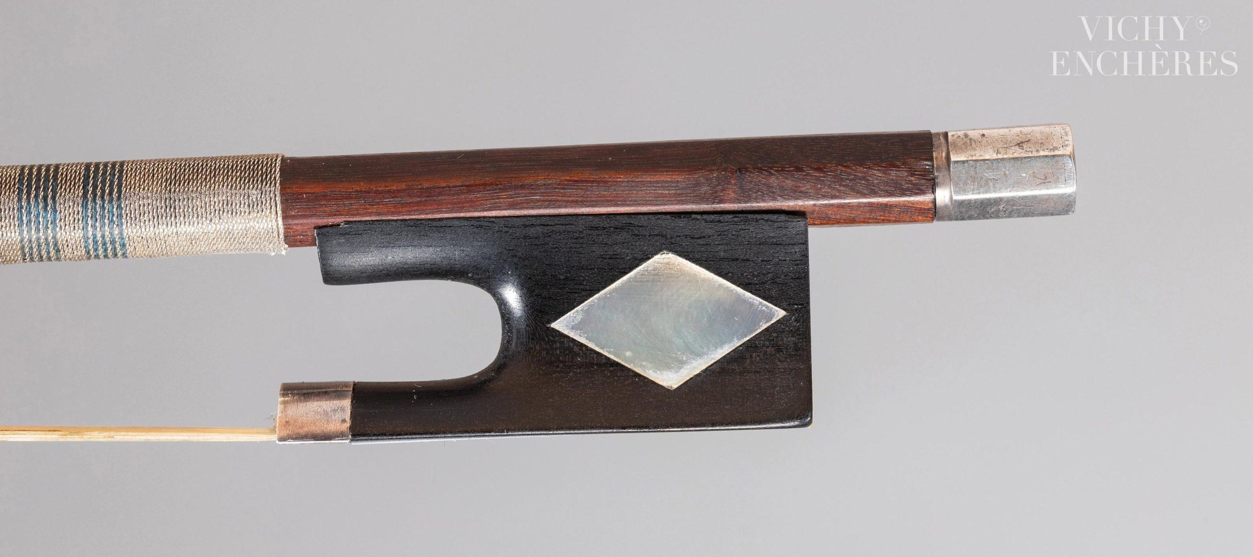 Archet de violon de Nicolas Léonard TOURTE