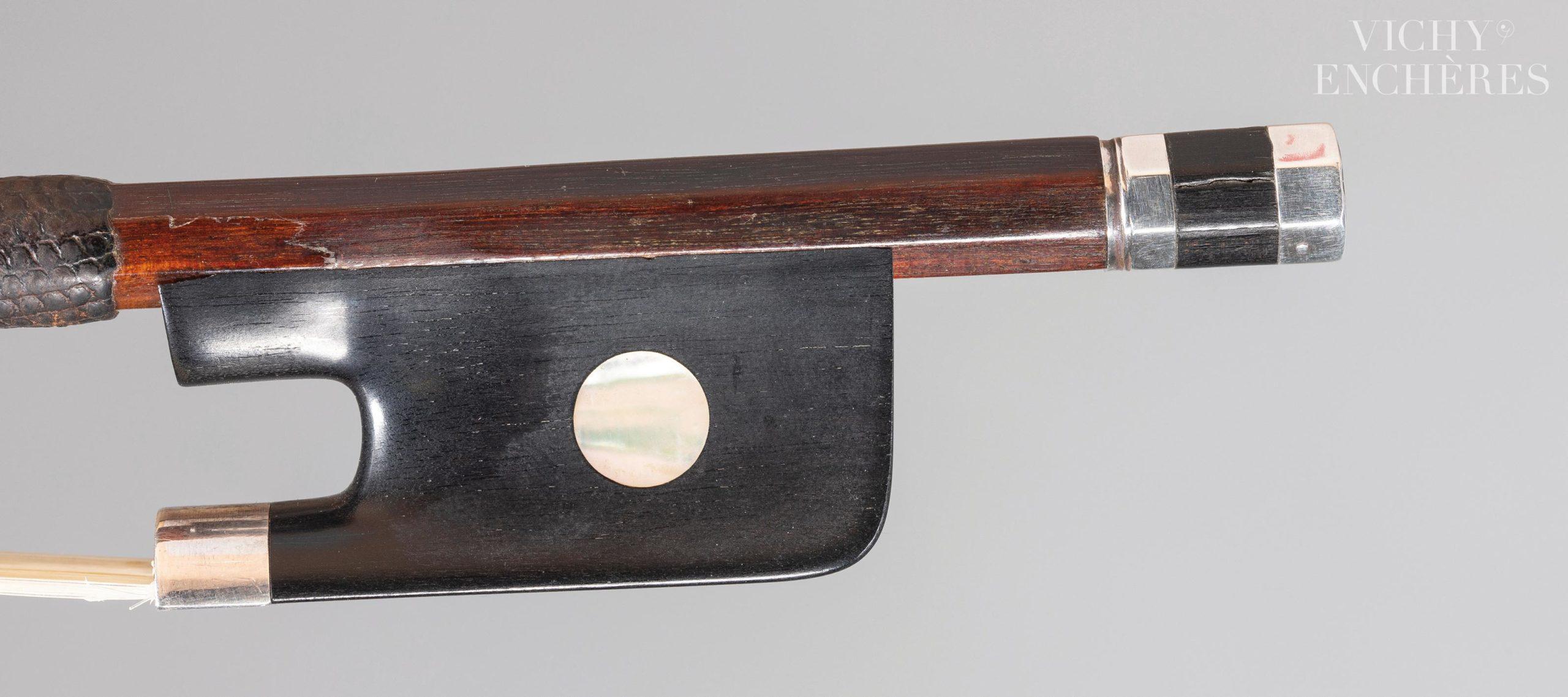 guette et bouton d'archet de violoncelle de Jean Pierre Marie PERSOIT