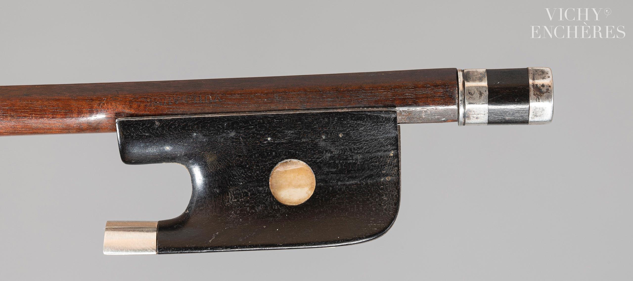 Archet de violoncelle de Dominique PECCATTE