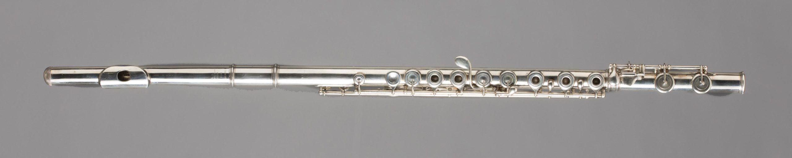 Flûte en argent, système Boehm de Louis LOT à Paris, n°950