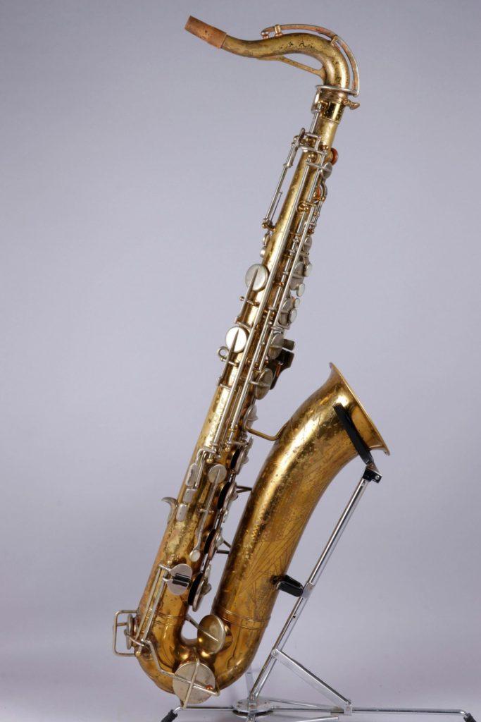 Saxophone ténor en laiton verni, de MARTIN Elkhart