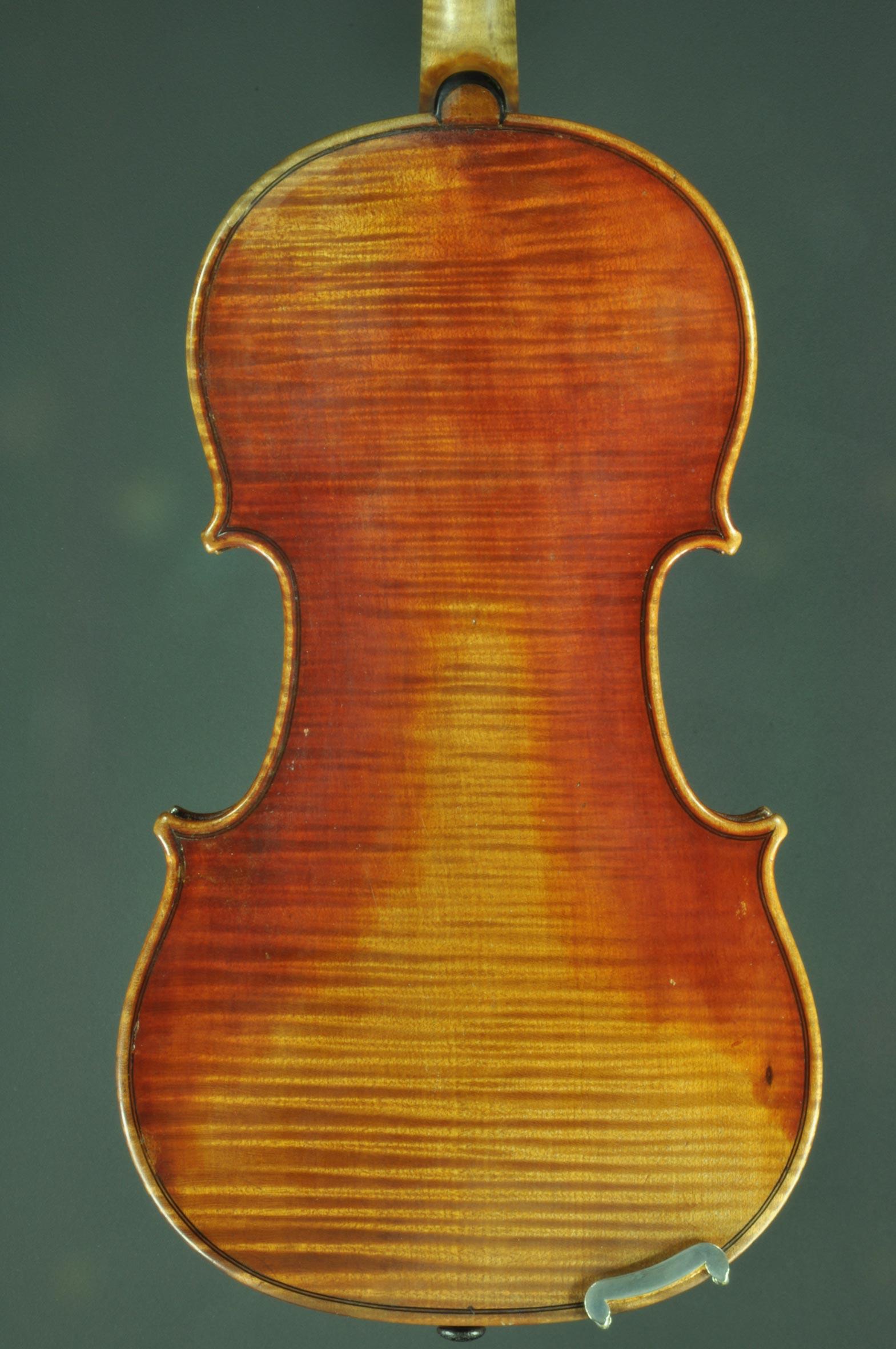 Violon de Jean-Baptiste VUILLAUME signé, numéroté et daté de 1828
