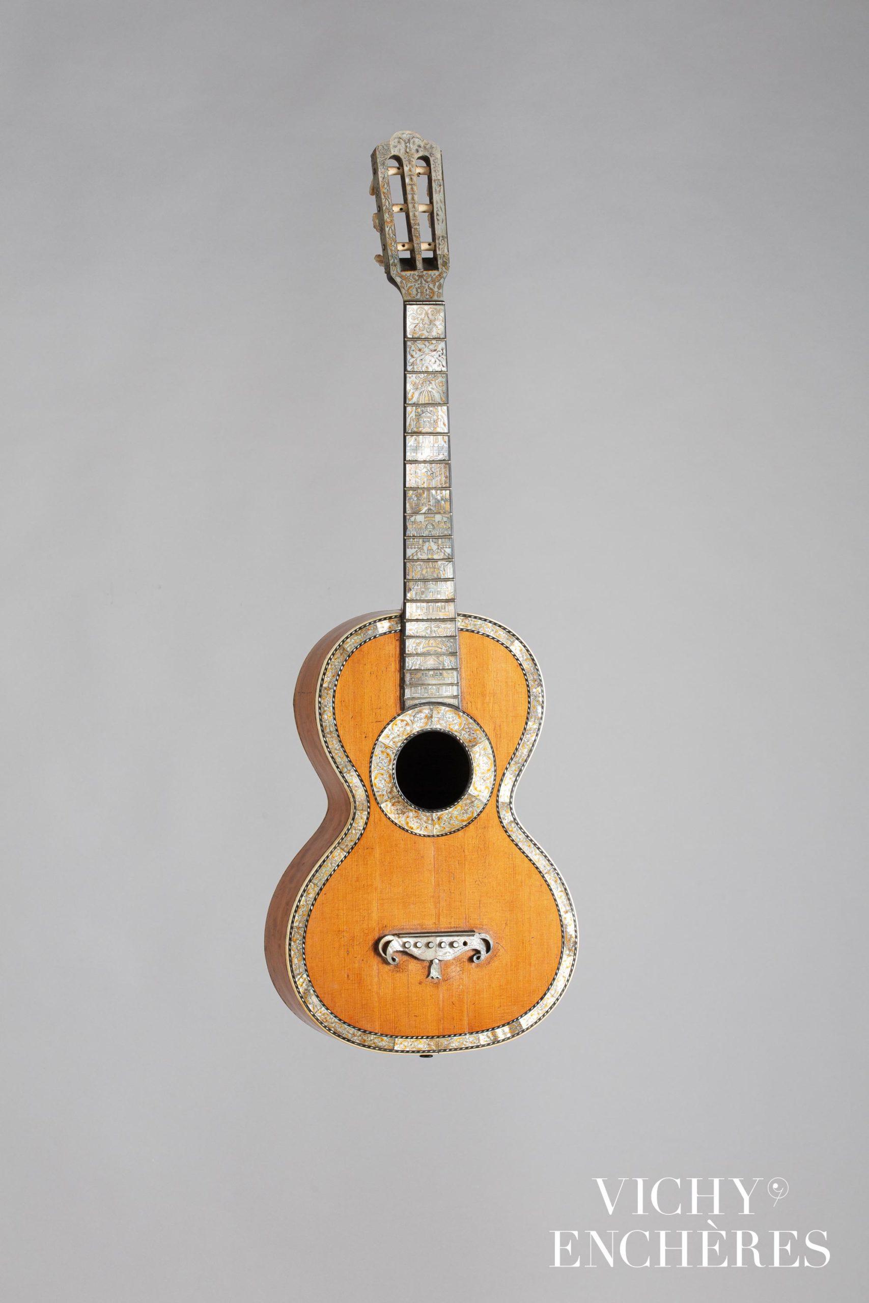Guitare de AUBRY MAIRE vers 1840