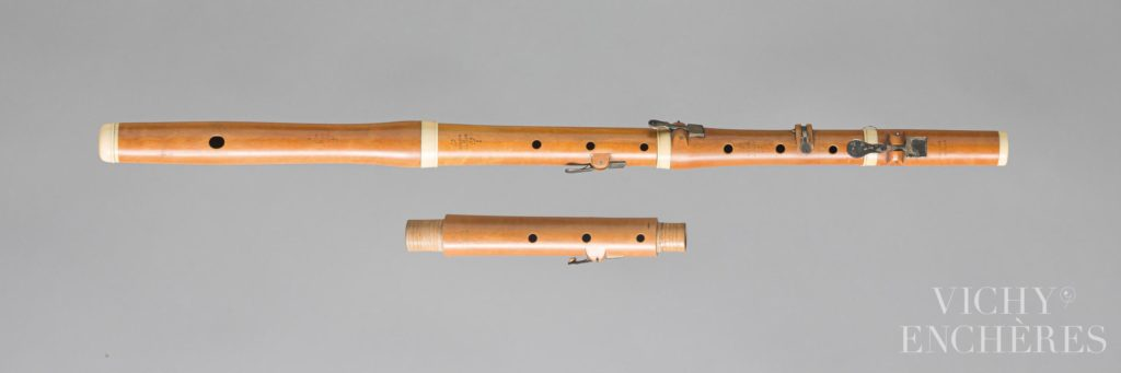 Flûte conique estampillée BUHNER & KELLER