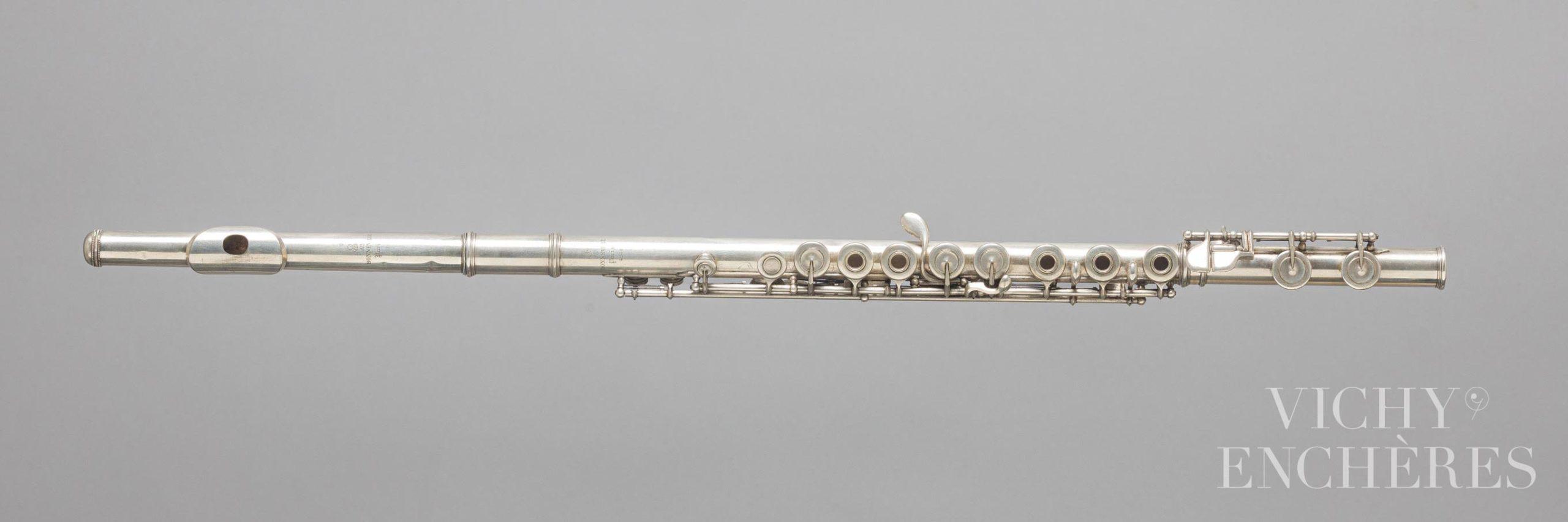 Flûte en métal argenté estampillée BONNEVILLE Paris