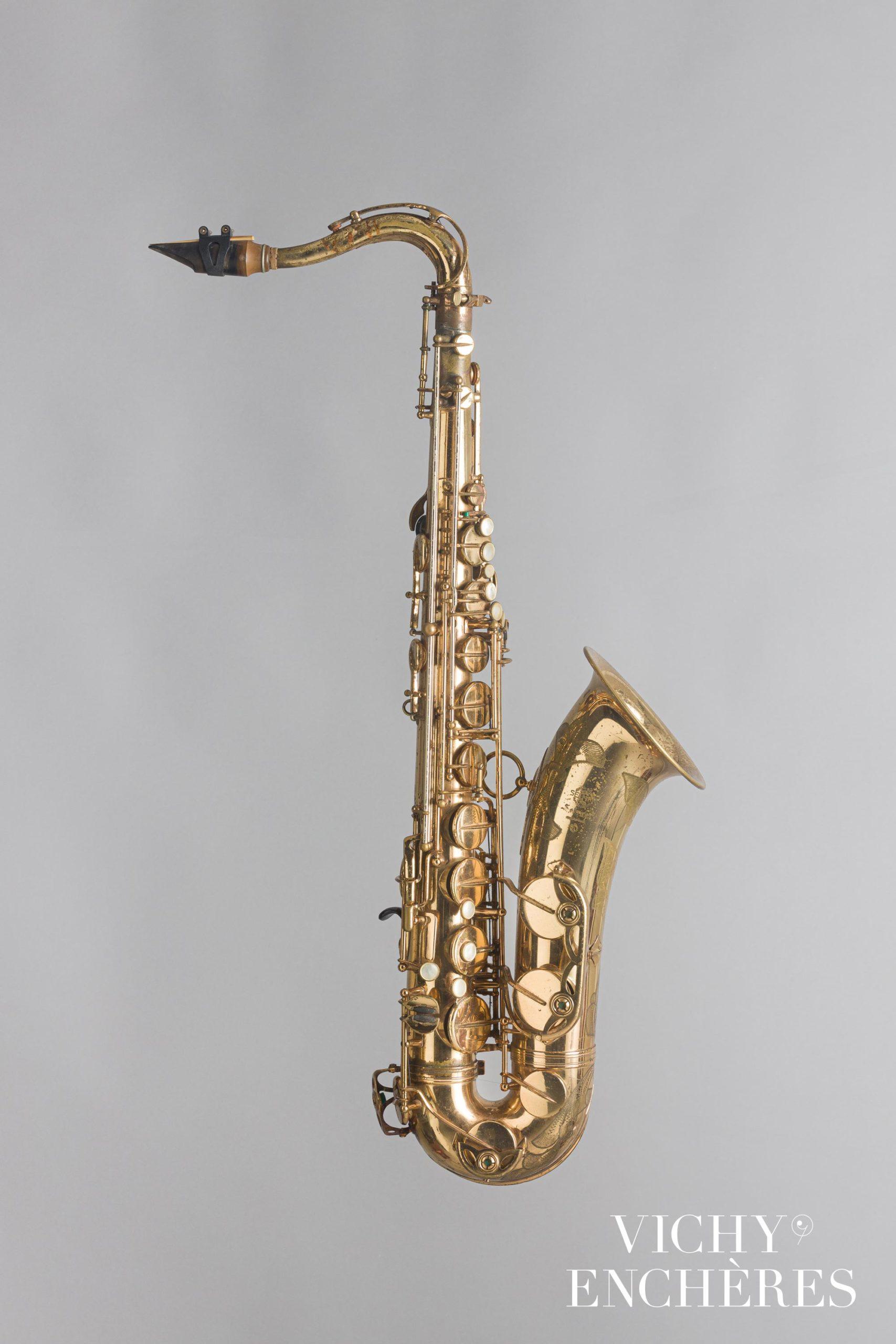 Saxophone ténor SELMER modèle Mark VI