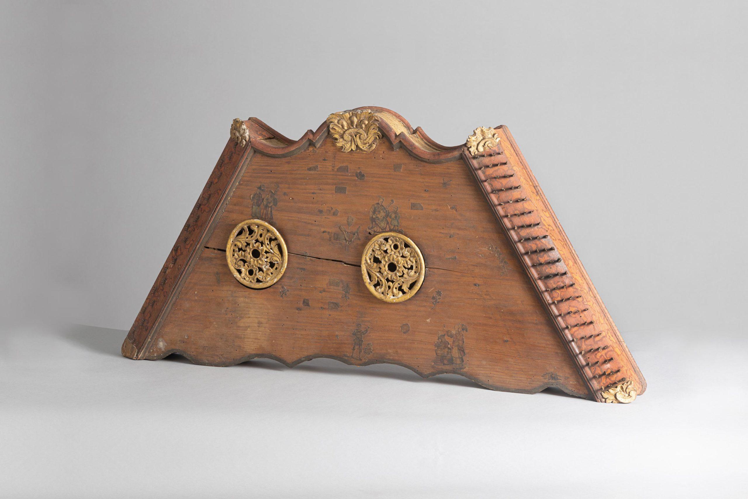Tympanon, premier tiers du XVIIIème siècle, Italie.